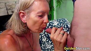 Golden Slut - Older Lady Blowjob Comp 5