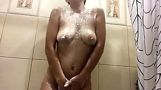 BIG WET TITS WANT HARD SEX - WHO WILL HELP ME WASH?))