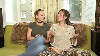 Tamara and Sophie All natural Amateur Lesbian Porn - ersties
