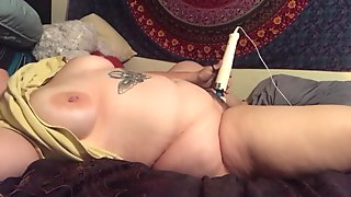 Hairy bbw cuming over and over
