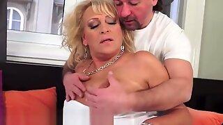 Dicksucking euro granny banged by fat cock