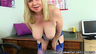 brit granny Amanda Degas thumbs her pearly old pussy