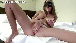 MULTIPLE ORGASMS, LOUD MOANS AND FARTING PUSSY FROM HOT FISTING