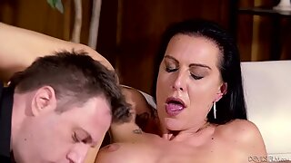 Texas Patti enjoys getting her pussy tongued