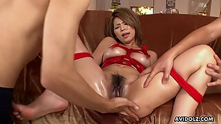 Threesome for the bitch who is roped up and is sucking dicks